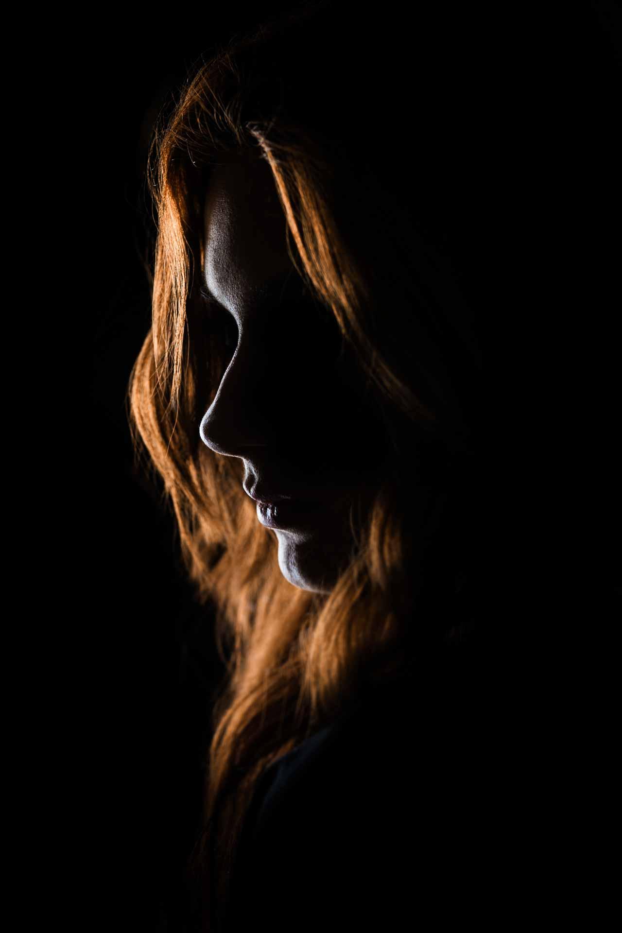 mørkt portræt foto